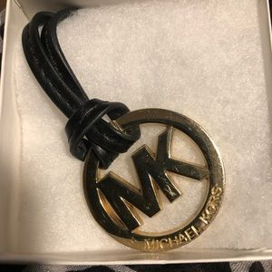 Gold Michael Kors Hangtag